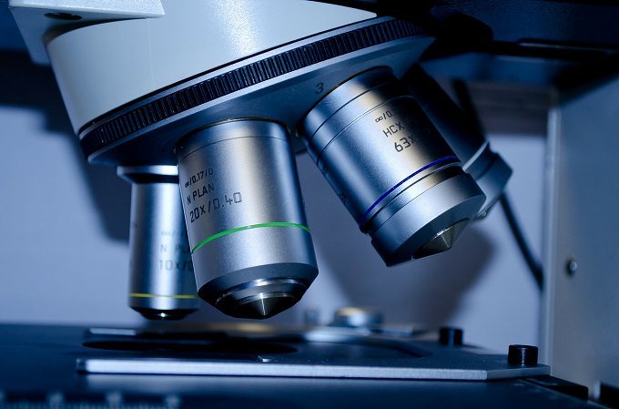 グリオーマ がん保険 顕微鏡