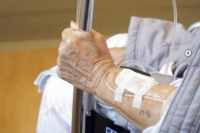 医療保険 介護保険 併用 厚生労働省 老人