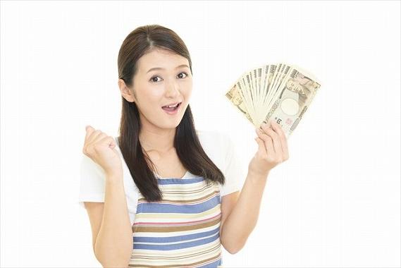 生前贈与 生命保険 前納 すぐに現金が手に入る